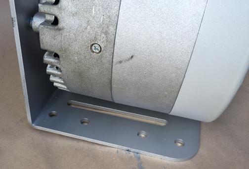 Shows how it fits manta motors and generators